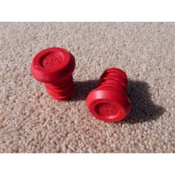 FIT BIKE CO PLASTIC BAR ENDS RED