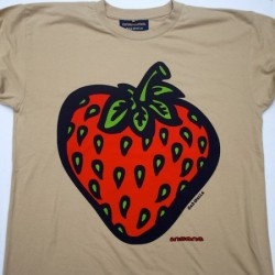 INSANE CLASSIC STRAWBERRY TEE SAND MED
